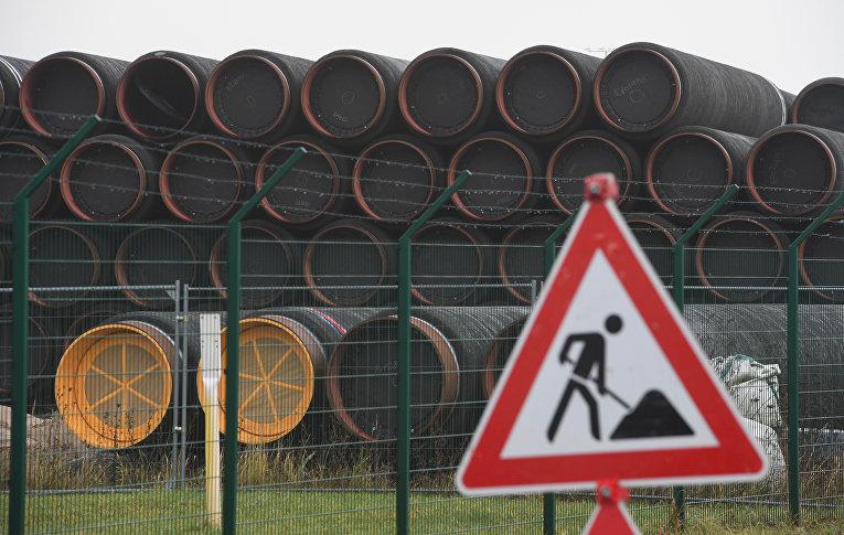 Трубы для строительства «Северного потока — 2» на острове Рюген, Германия