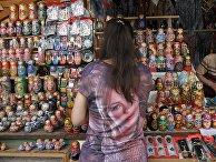 Продажа сувениров в Измайловском Кремле в Москве