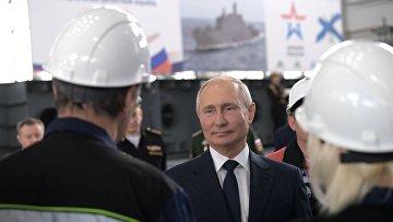 Рабочая поездка президента РФ В. Путина в республику Крым