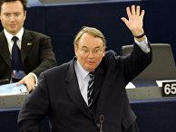 Депутат Жан-Луи Бурланж в Страсбурге