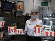 Компания KFC готовится к открытию ресторана без кассиров в Москве