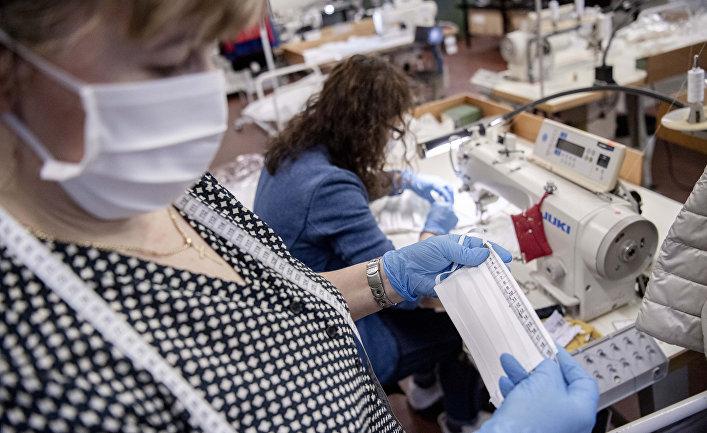 Производство защитных масок в Италии