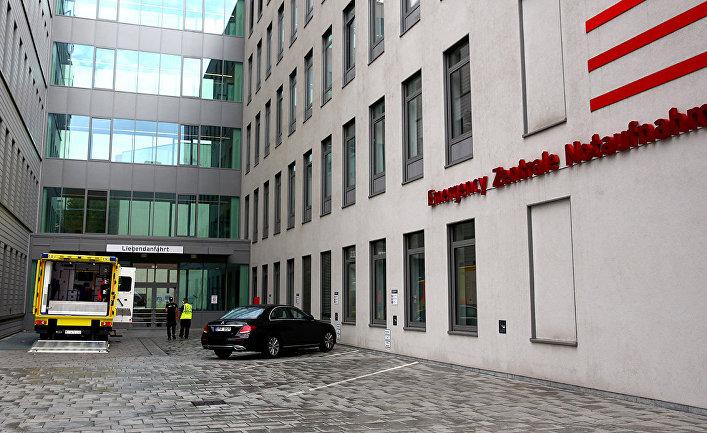 Скорая помощь в больничном комплексе Шарите в Берлине