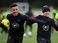 Футболисты Фила Фоден и Мейсон Гринвуд во время тренировки