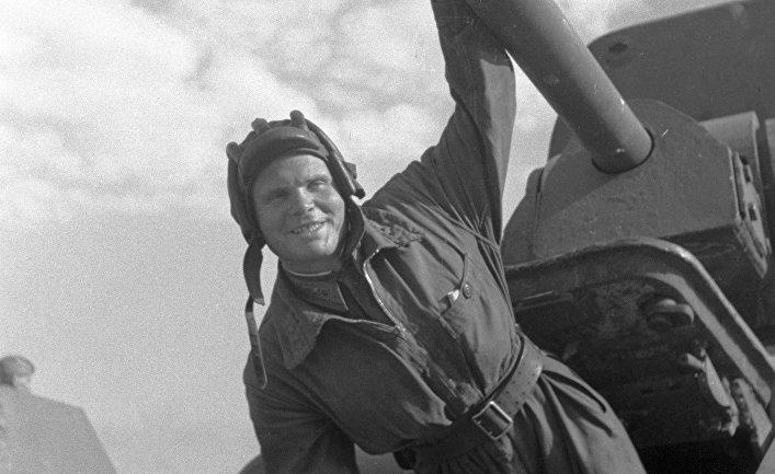 Герой Советского Союза танкист Владимир Хазов