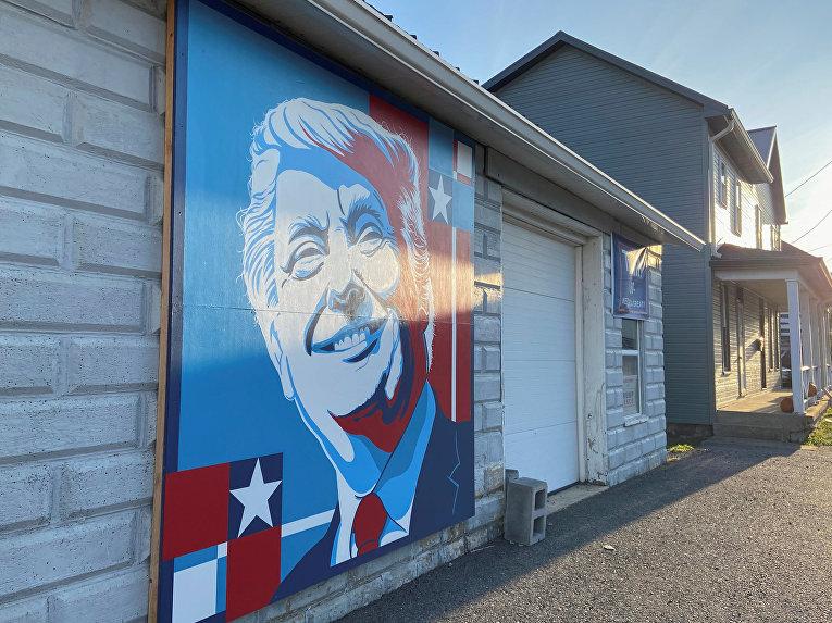 3 ноября 2020. Граффити с изображением Дональда Трампа в Пенсильвании, США