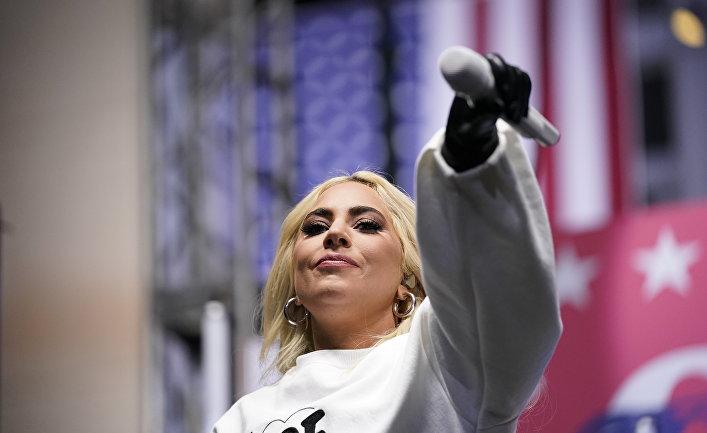 Леди Гага выступает в поддержку кандидата от Демократической партии Джо Байдена
