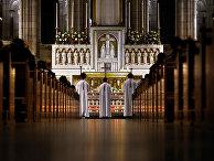 Месса в базилике Сакре-Кер в Париже
