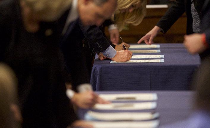 Выборщики в здании Капитолия Пенсильвании в Гаррисберге