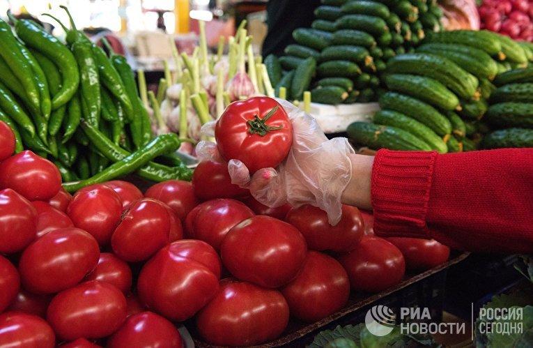 Продажа овощей на Центральном рынке. Сочи