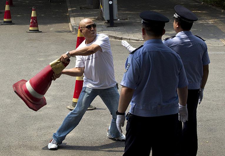 Китайский протестующий в Пекине
