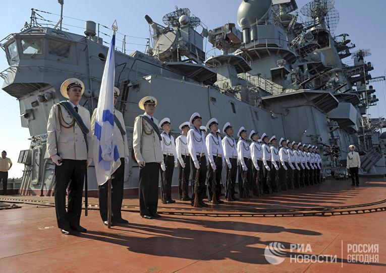 "Заход ракетного крейсера ""Петр Великий"" в сирийский порт Тартус"
