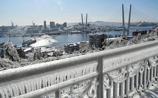 Последствия ледяного дождя во Владивостоке