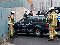 Автомобиль врезался в ворота ведомства федерального канцлера Германии