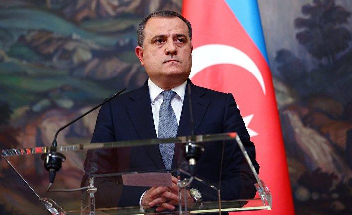 Пресс-конференция министров иностранных дел РФ и Азербайджана С. Лаврова и Д. Байрамова