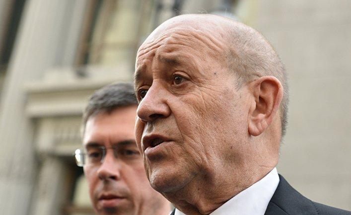 Министр иностранных дел Франции Жан-Ив ле Дриан