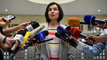 Майя Санду общается с прессой в Кишинёве