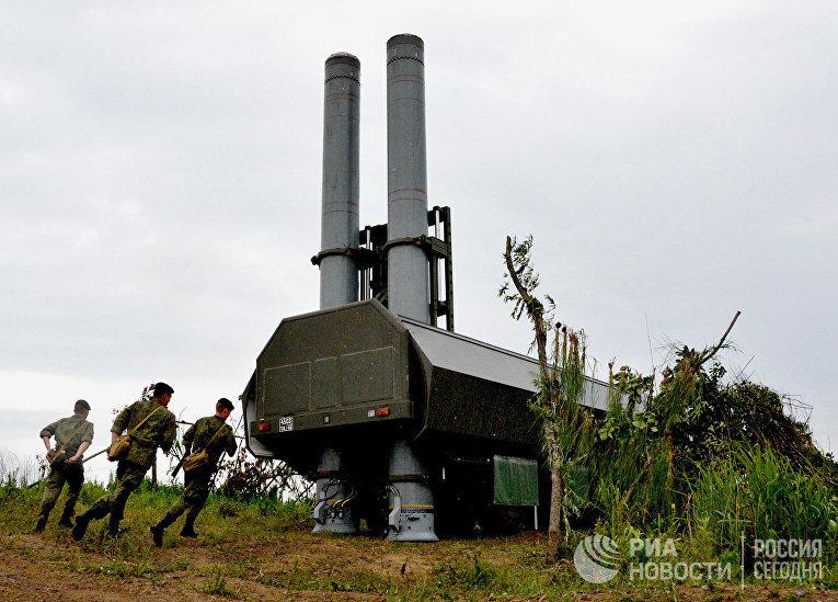 """Новый береговой ракетный комплекс """"Бастион"""" во время учений"""