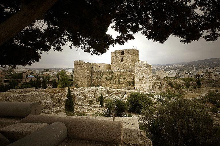 Цитадель крестоносцев в ливанском портовом городе Библосе