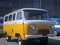 Микроавтобус УАЗ-452 повышенной проходимости