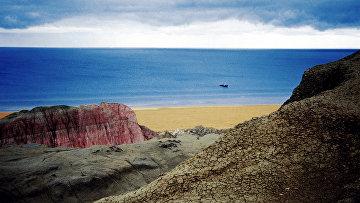 Берег Аральского моря в Узбекистане (бывшая Узбекская ССР)