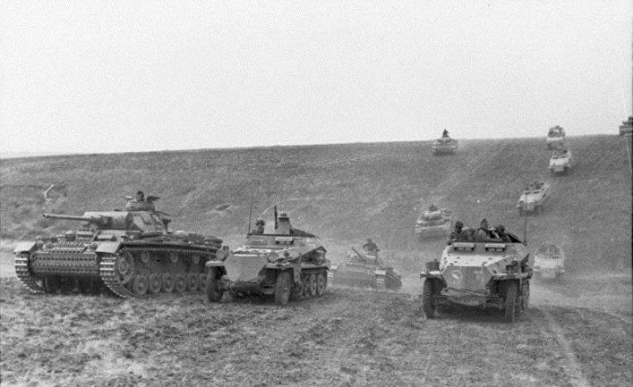 Ударная сила блицкрига — немецкие броневые и танковые формирования на территории Союза ССР