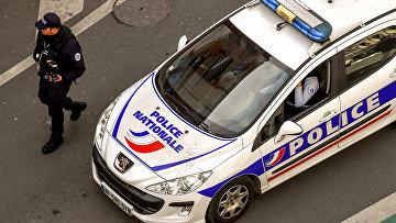 Полицейский автомобиль во Франции