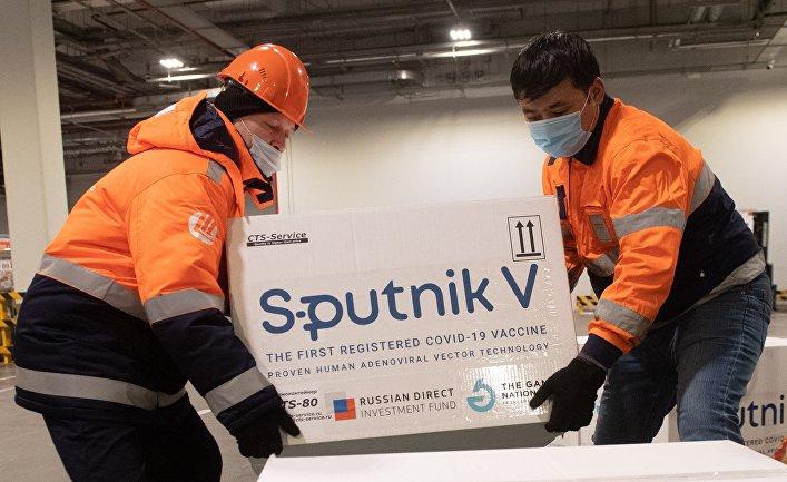 """Доставка вакцины Sputnik V на склад в грузовой терминал """"Москва Карго"""""""