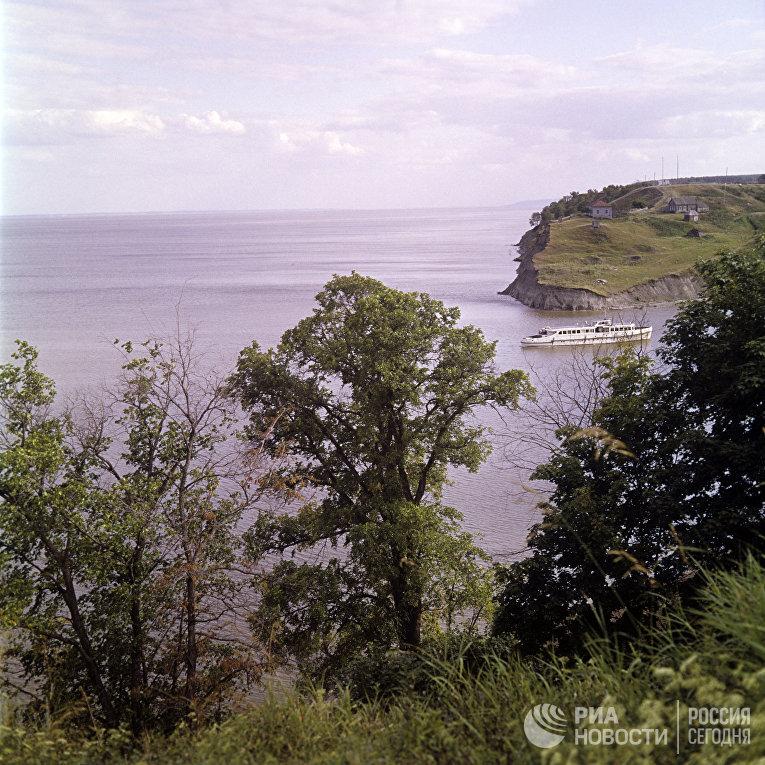 Река Волга в окрестностях Ульяновска