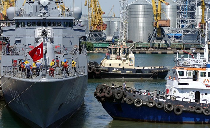 Эскадра НАТО в составе пяти кораблей зашла в Одессу. Фрегат «Йлдирим» ВМС Турции
