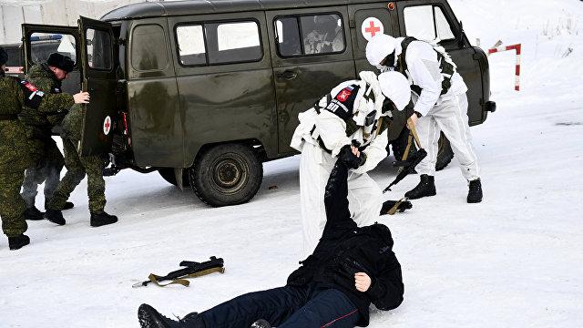 The Sun (Великобритания): силы специального назначения Владимира Путина используют знаки Красного Креста на учениях по устройству засад