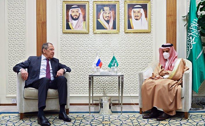 Визит главы МИД РФ С. Лаврова в Саудовскую Аравию
