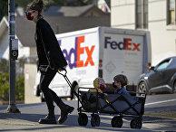 Шведская дизайнер Мария Виденфальк с двумя детьми