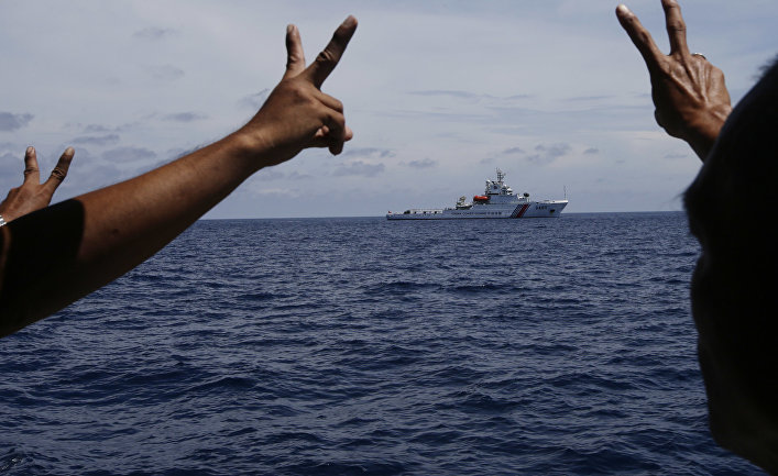 Корабль береговой охраны Китая в Южно-Китайском море