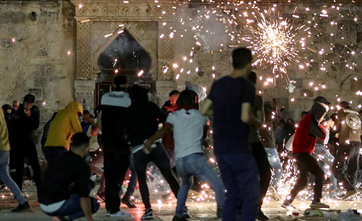 Столкновение Палестинцев с полицией в Иерусалиме
