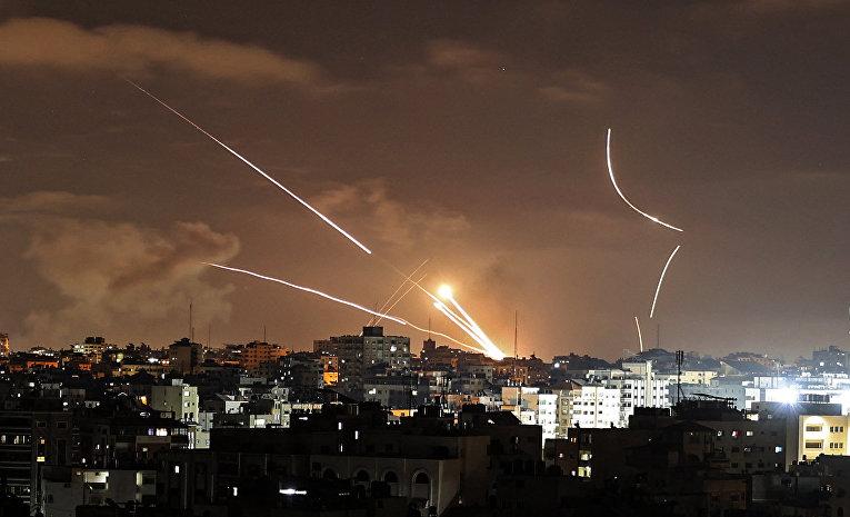 Запуск ракет из сектора Газа в сторону Израиля