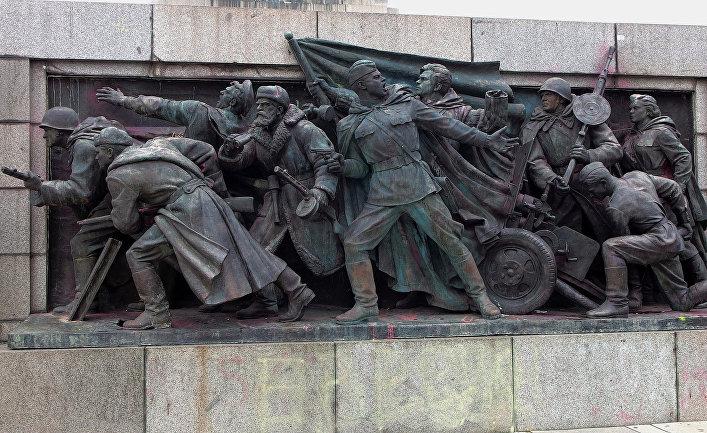 Памятник Советской армии в Софии, Болгария