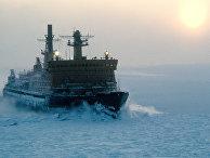 """""""Арктика"""" - первый в мире ледокол, дошедший до Северного полюса, преодолев льды в свободном плавании."""
