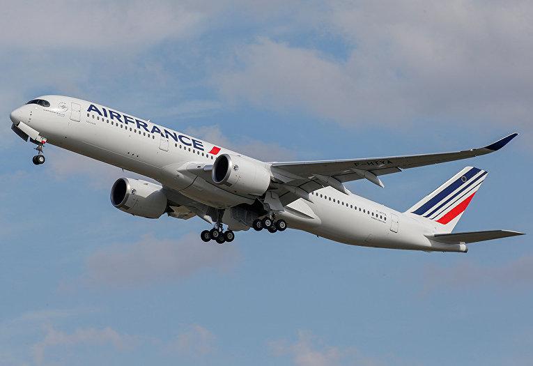 Самолет Air France Airbus A350