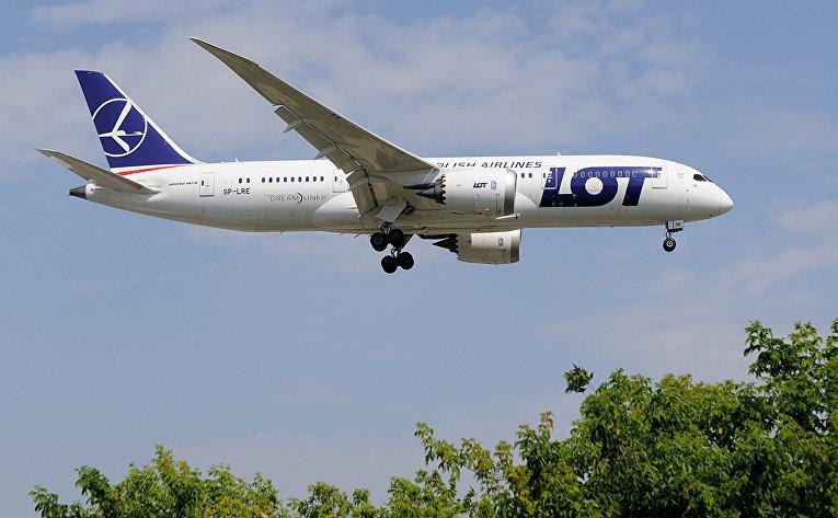 Самолет авиакомпании Polish Airlines