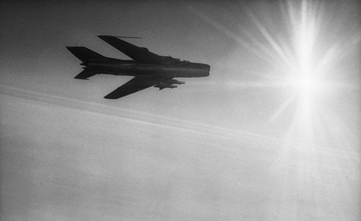 Реактивный истребитель МИГ-17