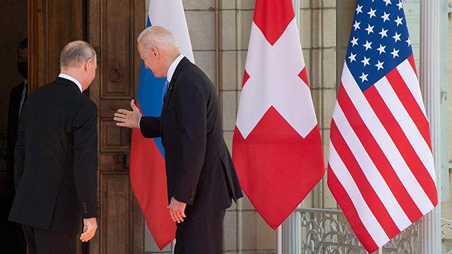 Раньше казалось, во время американо-российских саммитов на чаше весов была жизнь на Земле. Теперь же такого ощущения больше нет (The Guardian, Велико