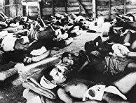Август 1945 года. Жители города Хиросимы, пострадавшие от ядерной бомбардировки