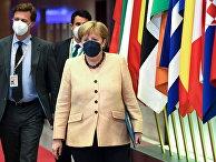 Канцлер Германии Ангела Меркель во второй день саммита ЕС
