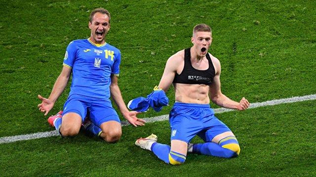 Украина вышла в четвертьфинал и в субботу встретится в Риме со сборной Англии: победный счет 2:1 в матче со Швецией команде Андрея Шевченко обеспечил