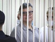 Бывший глава Белгазпромбанка Виктор Бабарико в зале суда в Минске