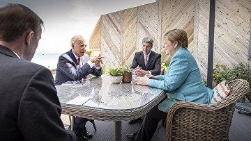 Канцлер Германии Ангела Меркель и президент США Джо Байден на полях саммита G7