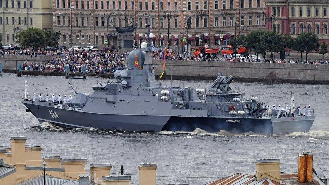 Yahoo News Japan (Япония): Россия провела крупнейший парад ВМФ, на котором присутствовал президент Путин