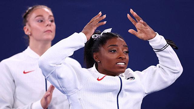 Daily Mail (Великобритания): гимнастки из США драматически проигрывают россиянкам в командном многоборье