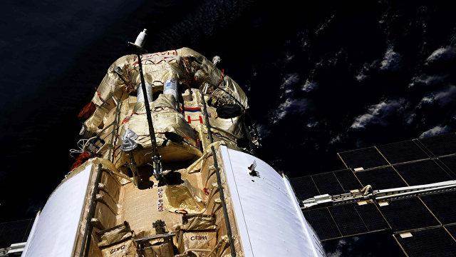 Gizmodo (США): после стыковки с МКС у российского модуля неожиданно включились двигатели